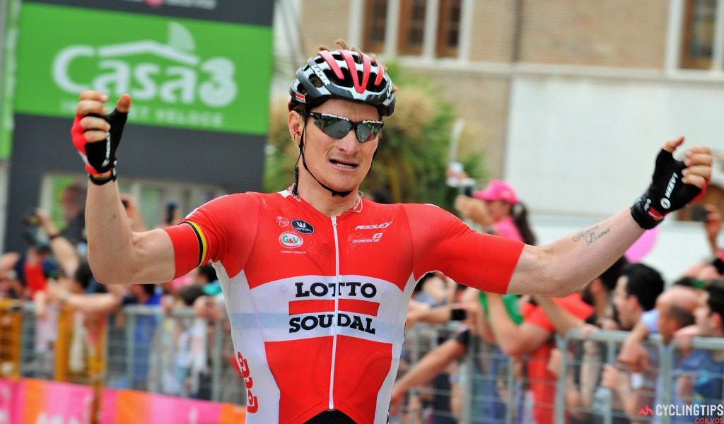 Greipel Sprints to Victory on Stage 12