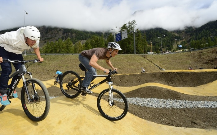 Pump Track Mountain Bike