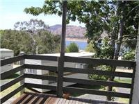 Jayco cabin view Lake Hume Tourist Park