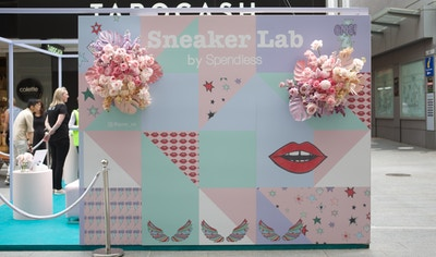 SNEAKER LAB BY SPENDLESS SHOES