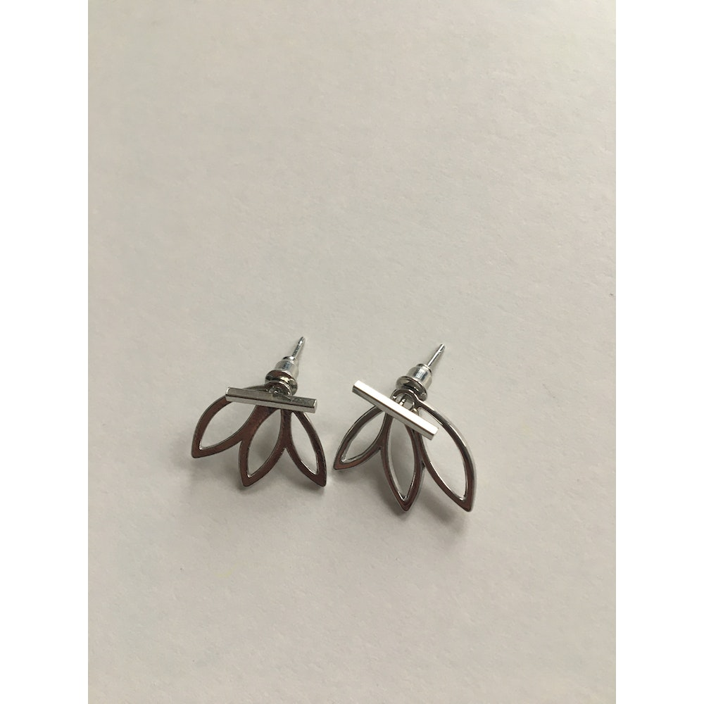 One of a Kind Club Silver Flower Petals Shaped Earrings