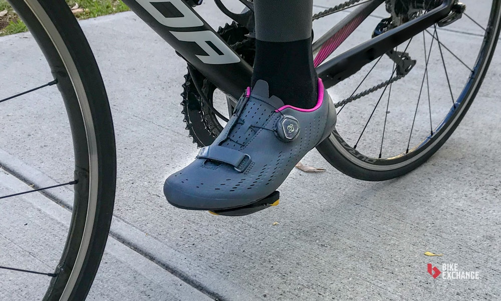 shimano-rp7-womens-road-bike-shoe-review-ride-impressions-bikeexchange-jpg