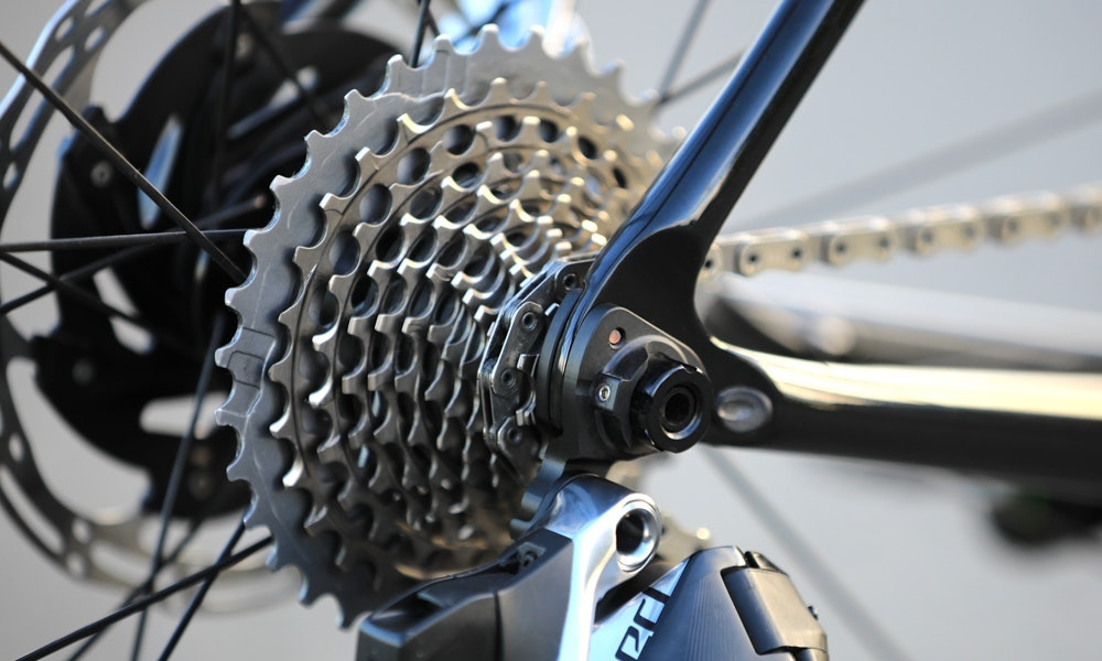 sram-red-etap-axs-12-speed-road-02-jpg