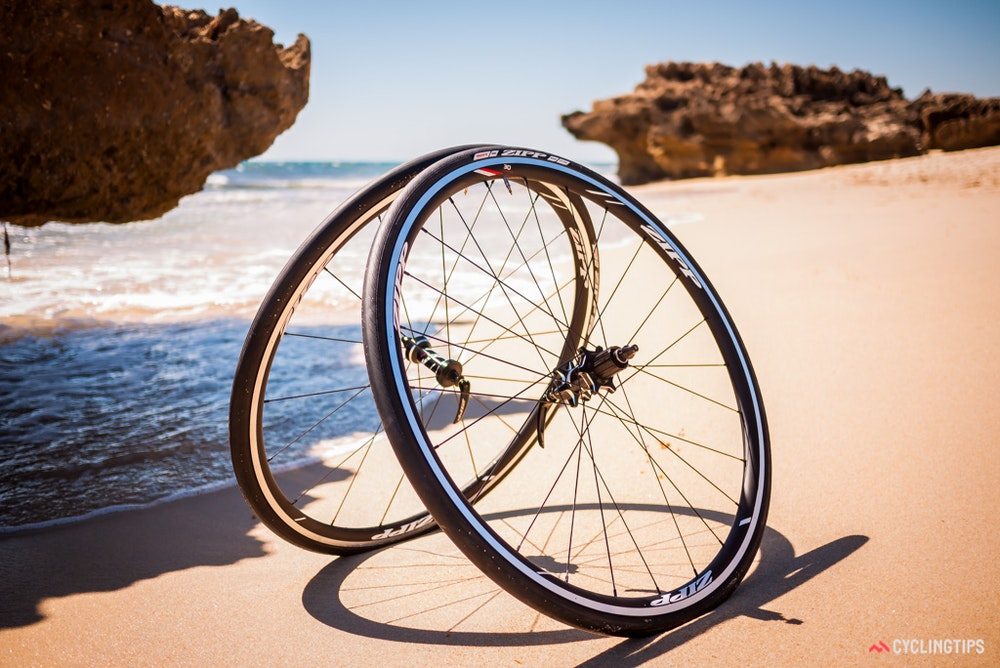 Zipp 30 on the beach
