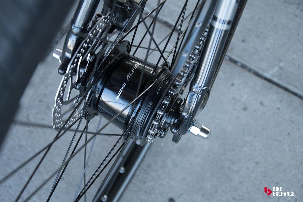 bicicletas-barra-plana-vs-hibridas-vs-urbanas-urbana-cambios-jpg
