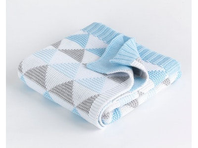 Spotty Giraffe Cot Blanket 100% Cotton double knit - BLUE TRIANGLE