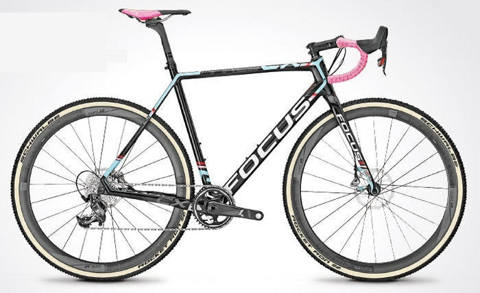 fullpage Focus CX bike
