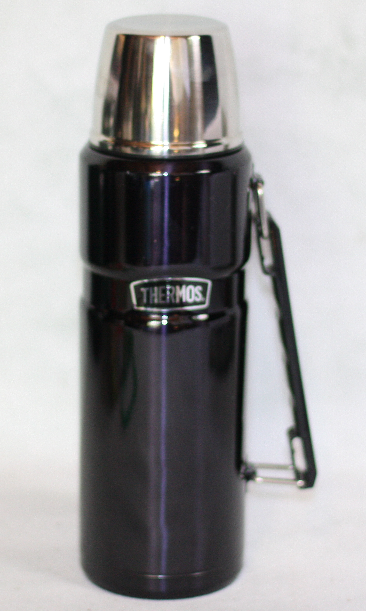 1.2 litre Stainless Steel THERMOS Flask in Midnight Blue This is a 1.2 litre or 5 cup  Steel King  vacuum insulated Thermos Flask.