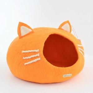 "Queenie's Pawprints Hand-felted Wool Cat Cave ""Orange Head"""