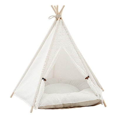 House of Pets Delight Crochet Teepee With Cushion