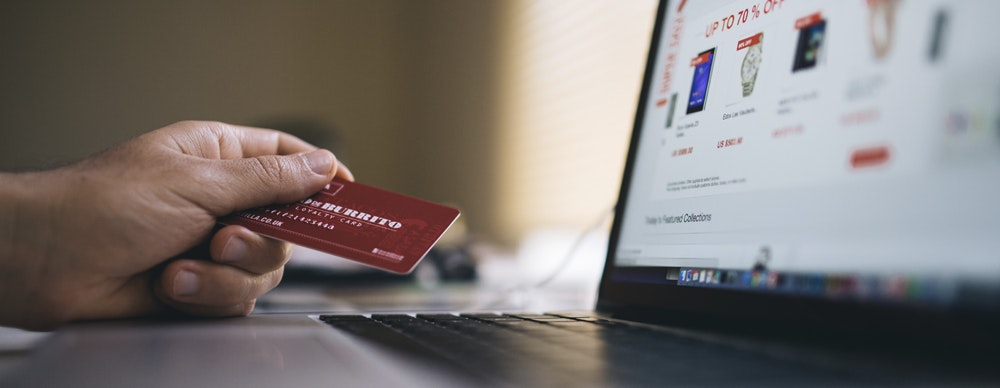 How can shipping costs help your e-commerce results?