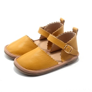 Wildchase The Sweetheart Collection - 100% Leather - Mustard