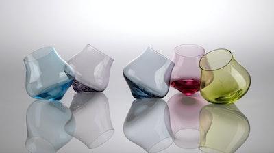1 Kinetic Wine Glass