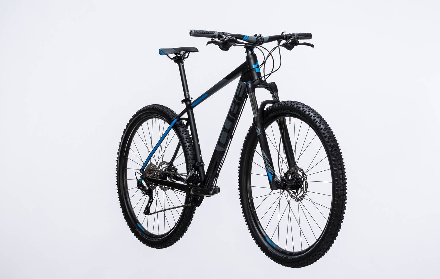 cube attention 2017 hardtail mountain bikes for sale in. Black Bedroom Furniture Sets. Home Design Ideas