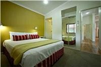 Poolview-bedroom Adventure Whitsunday Airlie Beach Queensland