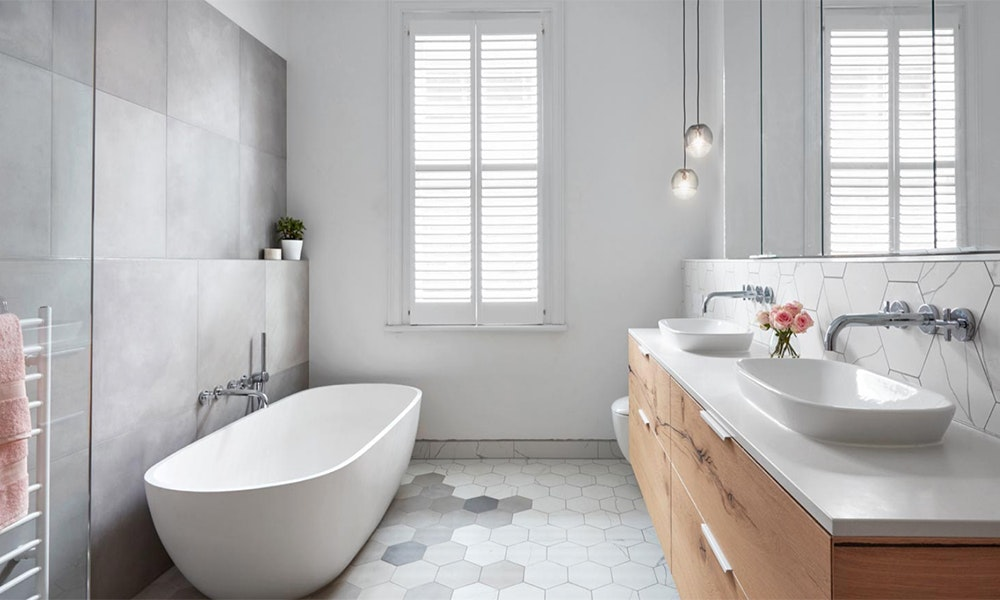 32 Best Master Bathroom Ideas And Designs For 2019: Guide To Bathroom Trends 2018