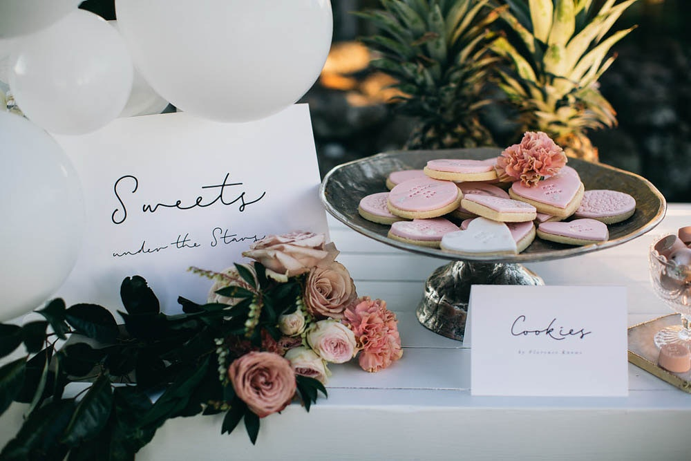 LENZO Boho Byron Bay Wedding Cookie Table Favours