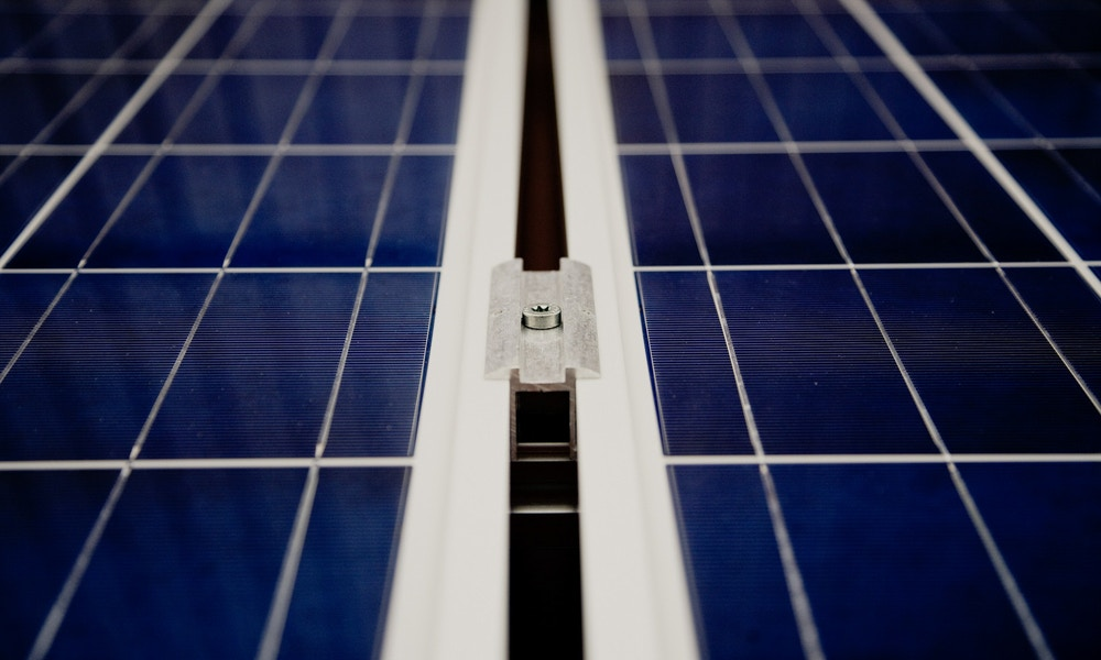 Road Travellers' Guide to Solar Power