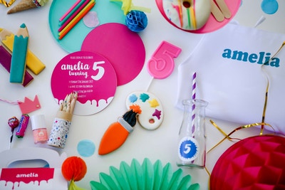 AMELIA'S ARTS & CRAFTS BIRTHDAY