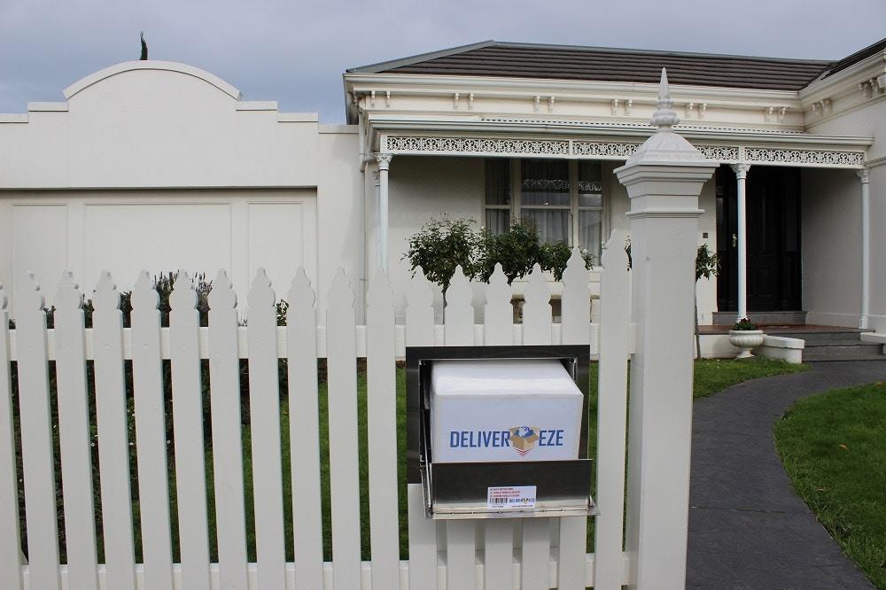 The Ultimate Parcel Letterbox Deliver-Eze