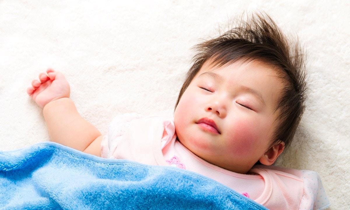 Newborn Sleep Advice | The Ultimate Week by Week Guide
