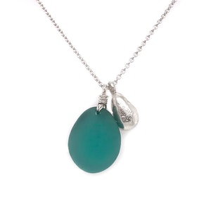 Teal Seaglass Necklace with Solid Silver Teardrop Charm – Silver