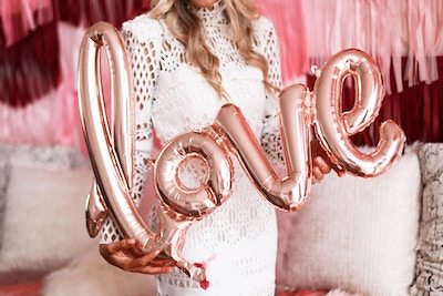 'KISS THE MISS GOODBYE:' HENS PARTY IDEAS & TRENDS FOR 2018