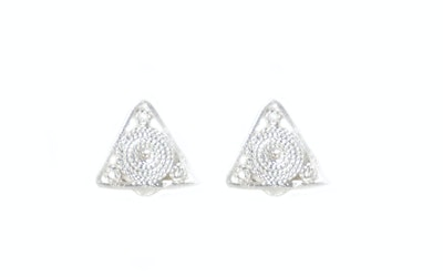 Continente Dorado Triangle Studs Silver