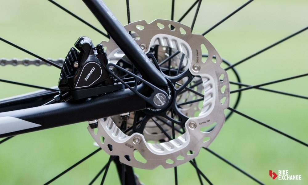 Kan ik schijfremmen op mijn racefiets monteren?