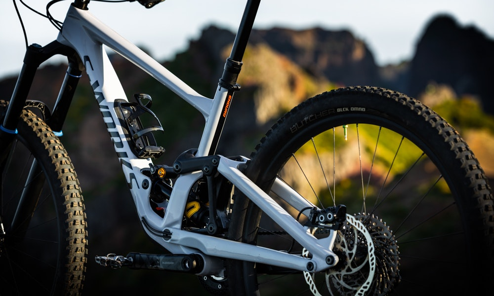 new-2020-specialized-enduro-eight-things-to-know-1-jpg