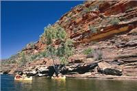 Canoeing Murchison Gorge