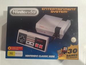 Mini Nintedo Classic Entertainment System