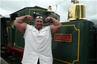 I will be  back  says New Zealands Strongest Man after North Island Train Town Kawakawa record bid slips up