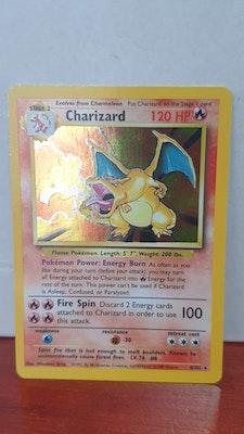 Pokemon Card Charizard Rare Holo WOTC Vintage 1999 Base Set 4/102