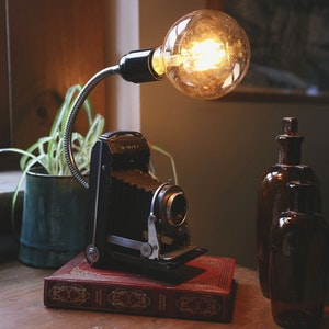 Antique Folding Camera Lamp
