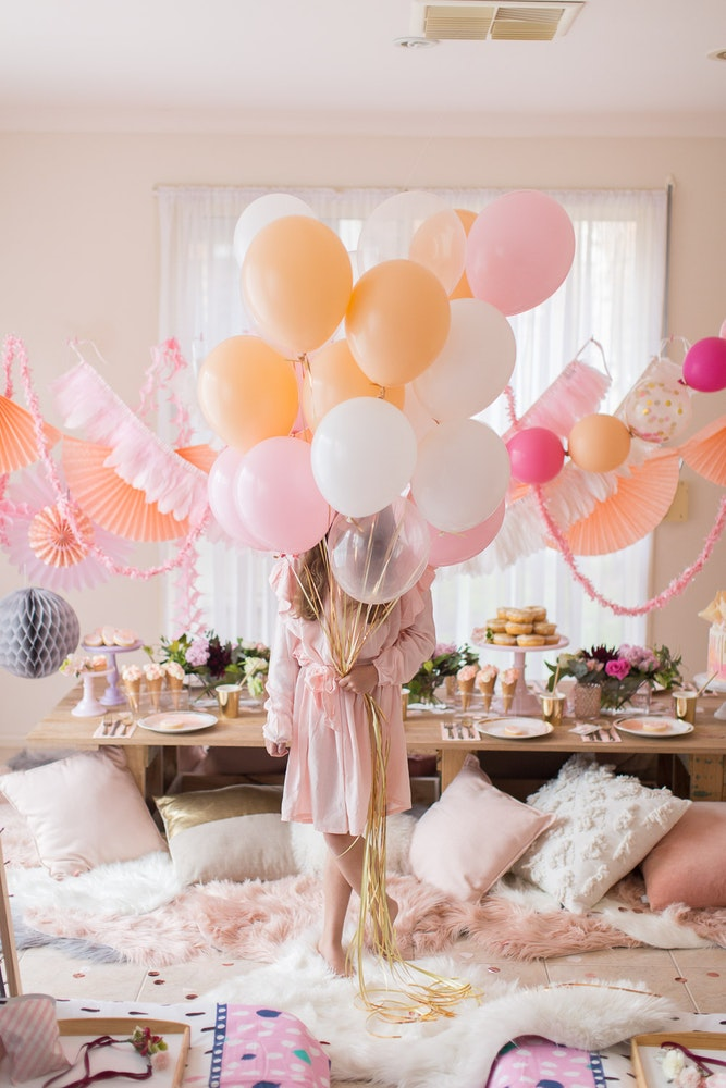 LENZO Boho Birthday Balloons Ruby Rabbit Partyware