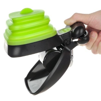 Dry Paws Foldable Pooper Scooper