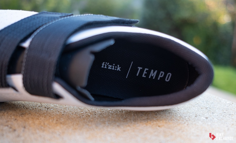 fizik-tempo-powerstrap-r5-road-shoe-first-impression-4-jpg