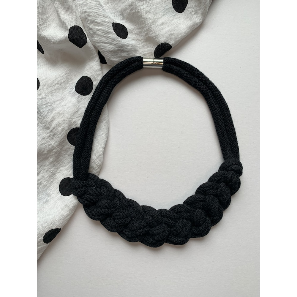 Form Norfolk Loop Knot Necklace In Midnight Black