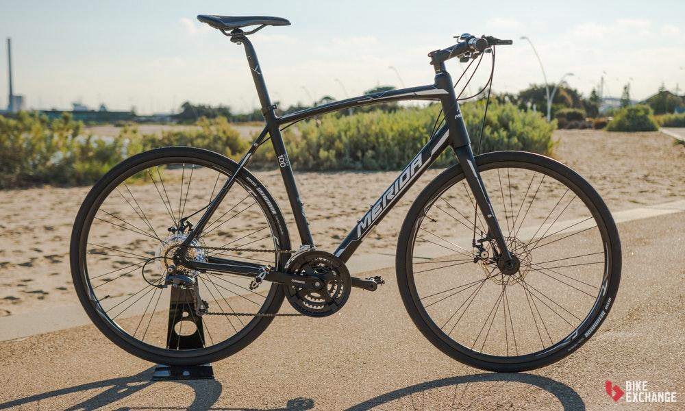 choosing-the-right-bike-guide-merida-flat-bar-road-bike-3-jpg