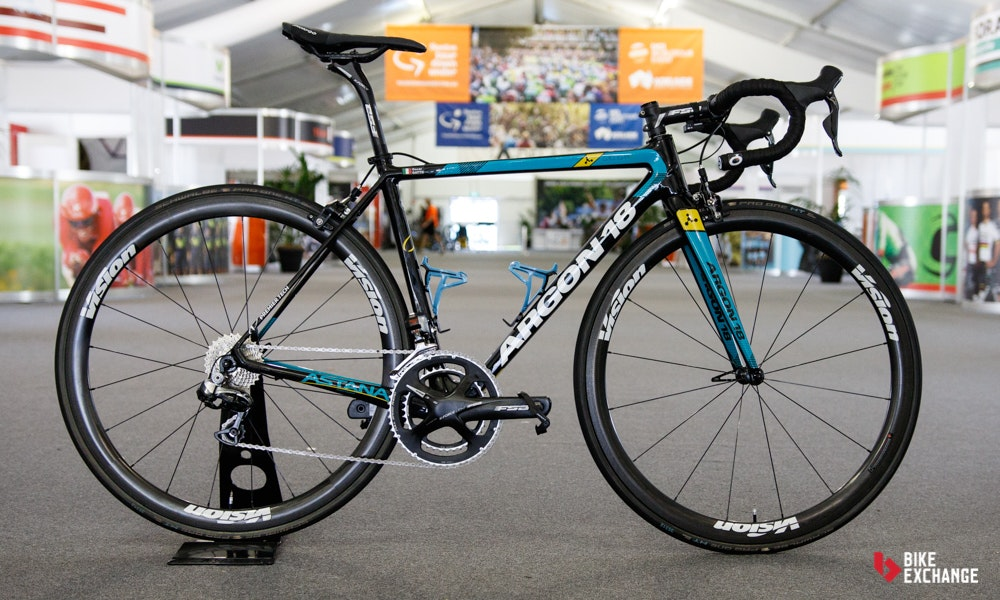bikes of the 2017 worldtour Astana Specialized Tarmac