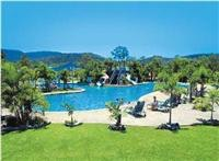 BIG4-Adventure-Whitsunday-Resort-32m-heated-resort-style-pool