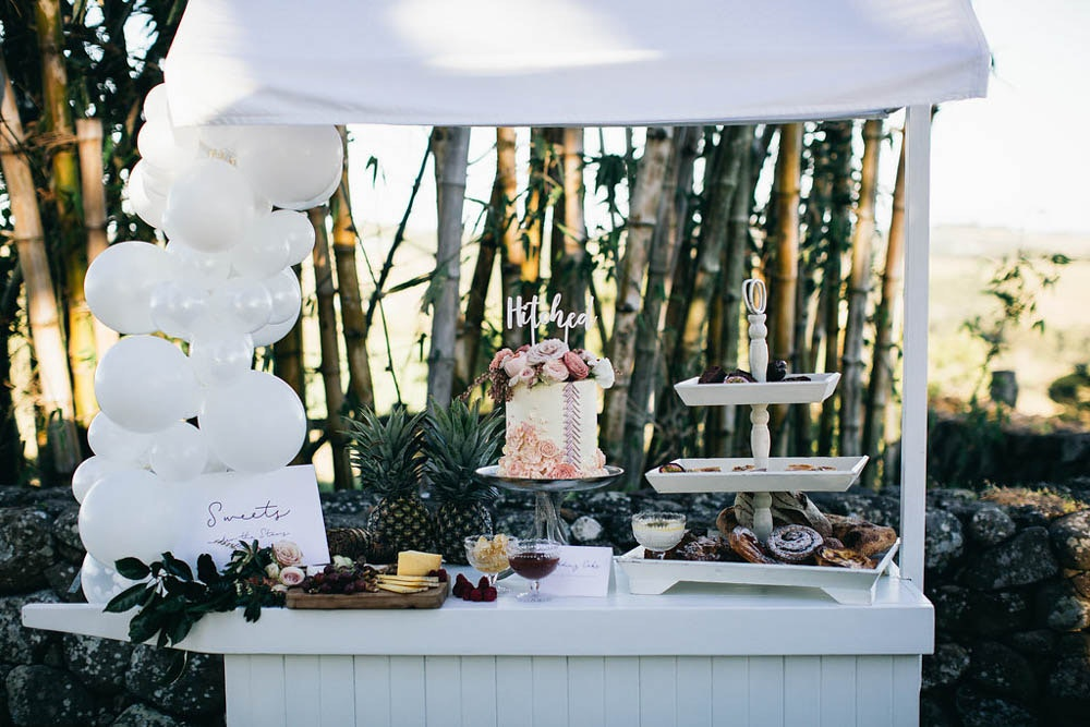 LENZO Boho Byron Bay Cake Table