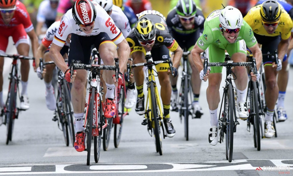 Cavendish Takes Photo Finish