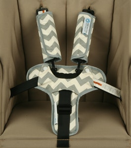 Keep Me Cosy™ Harness Cover & Buckle Cosy for Pram or Car Seat - Grey Chevron