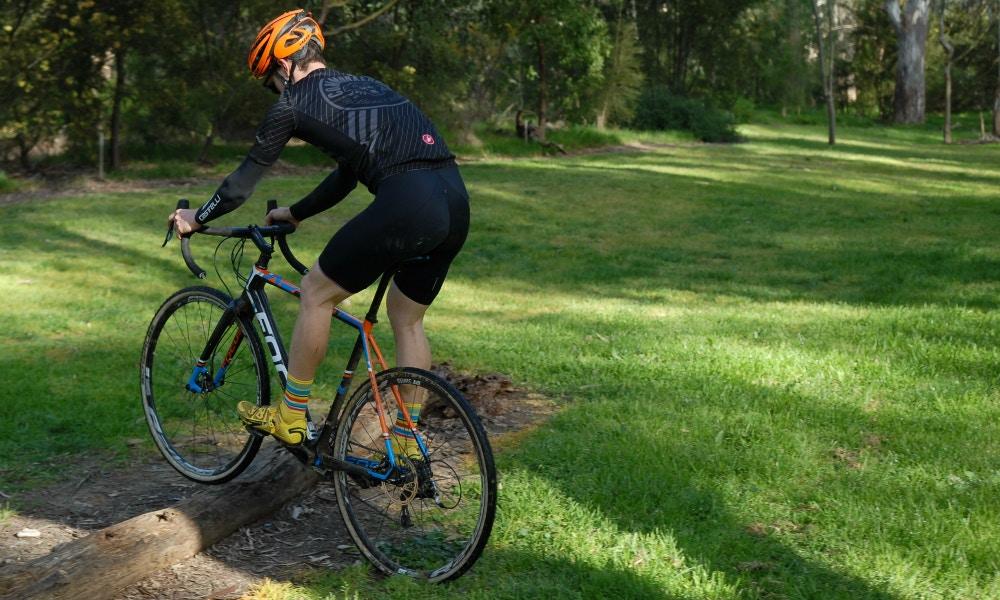 Cyclocross Grundlagen: 3 wichtige Fahrtechnik-Tipps für Einsteiger