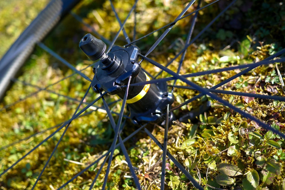 Mavic spokes and hub road bike wheels BikeExchange 2017