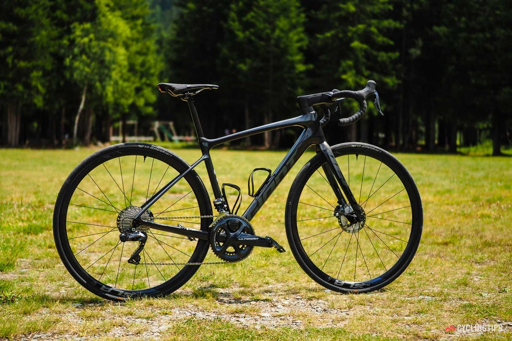 giant-defy-advanced-0-2019-1-jpg