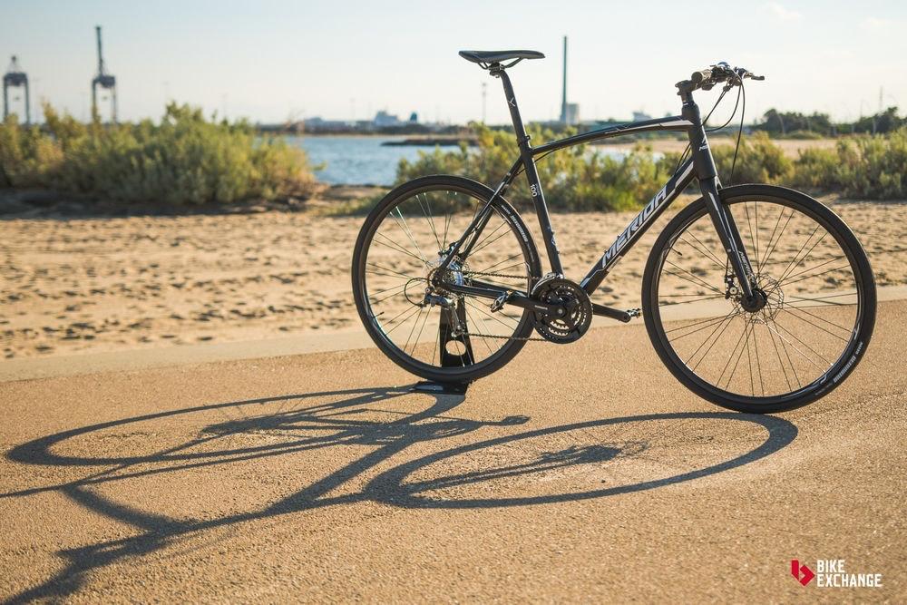 bicicletas-barra-plana-vs-hibridas-vs-urbanas-ruta-jpg