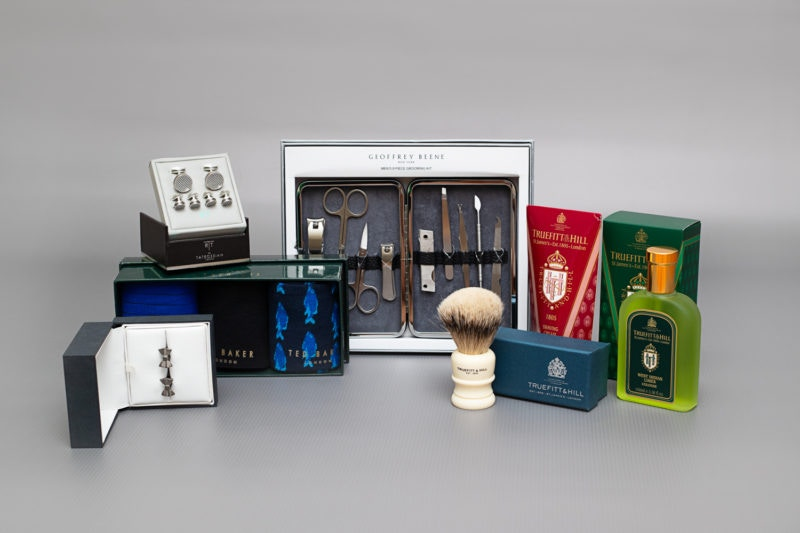 THE GENTLEMAN'S GIFT GUIDE